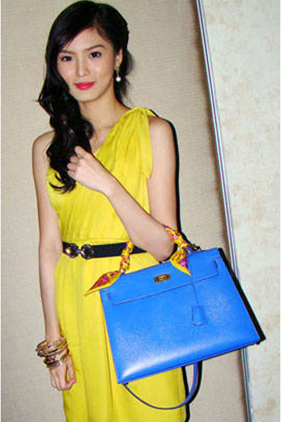 e16673d96b ... best price why kim chiu asked heart evangelista to paint on her hermes  bag pep.