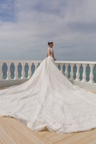 Ten Of The Most Expensive Celebrity Wedding Gowns Ever Pepph