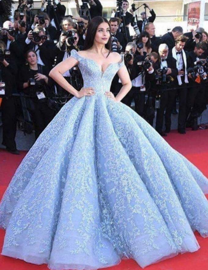 Miss World 1994 Aishwarya Rai wore show-stopping gowns designed by ...