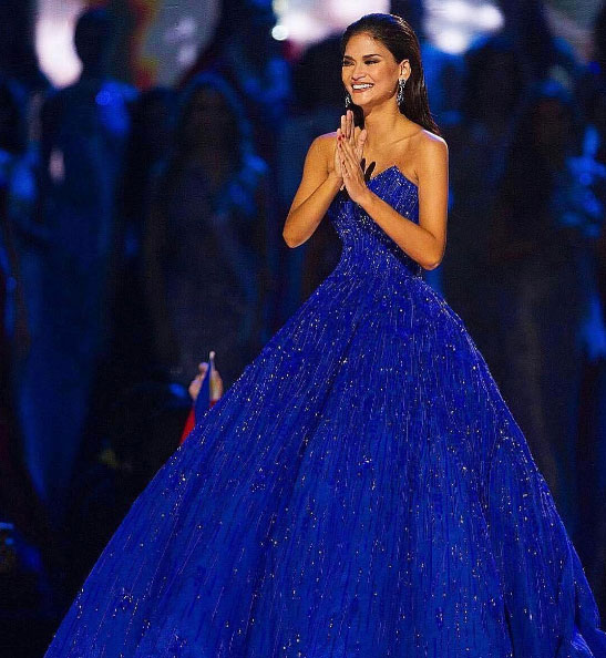 The royal blue Michael Cinco ball gown of Miss Universe 2015 Pia ...