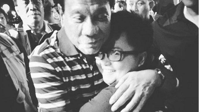 6 PH celebrities photographed with Duterte and De Lima