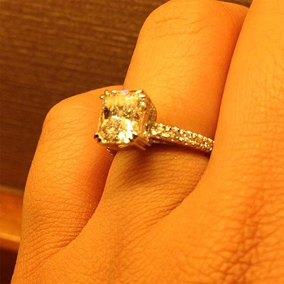 Stunning Ring For Newlyweds Harry Winston Engagement Ring