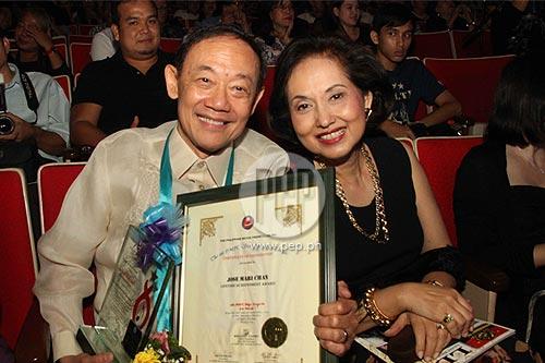 Jose Mari Chan Family Jose Mari Chan With His Wife