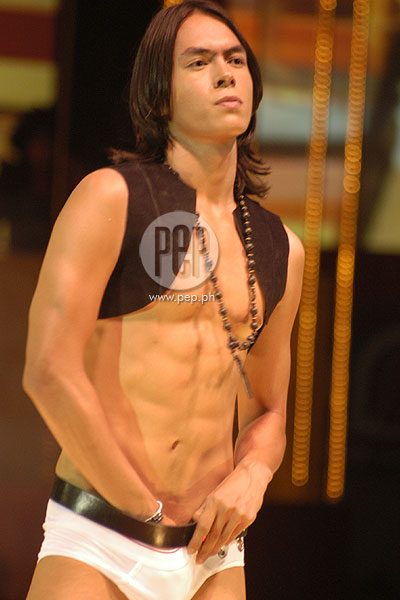 Jake Cuenca On Bench Fashion Show 2014 Bench Body Fashion Show in