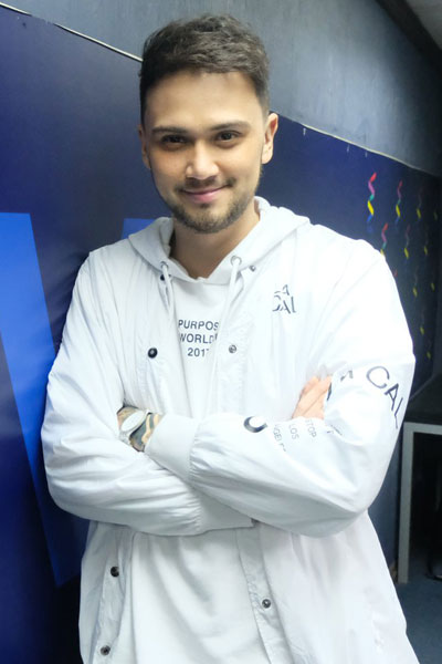 Billy-Crawford.jpg
