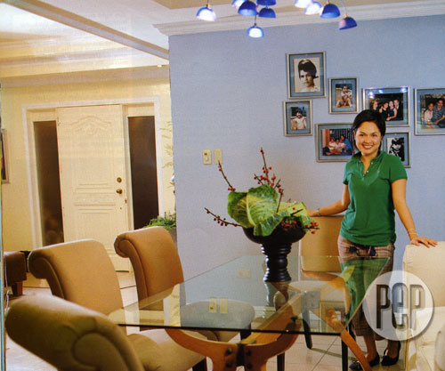 Judy Ann Santos The Home Make Over furthermore Apartment Floor Plans Designs Philippines likewise Transforming Furniture in addition Christmas In The Philippines additionally P1763194. on living room in philippines