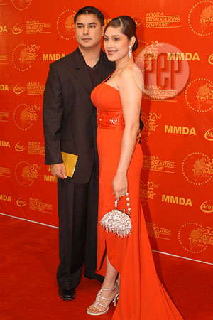 Sheryl Cruz Came With Husband Norman Bustos And Dismissed The Rumors That They Are Having Marital Problems Police Officer From Los Angeles Arrived