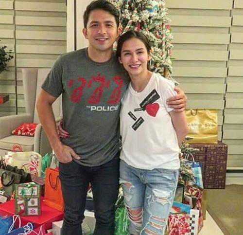 christmas couple.jpg