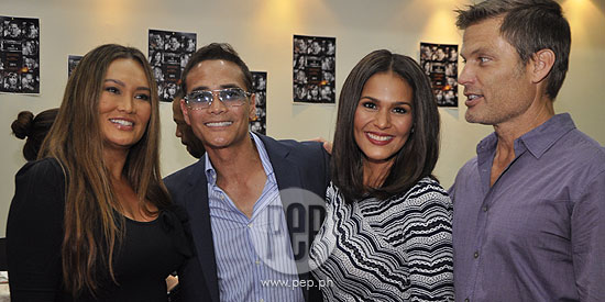 "f7d5e300 Iza Calzado (right) wants to try her luck in Hollywood: ""I'm just keen to  try everything that the universe gives me.You know, if I'm there and if  somebody ..."