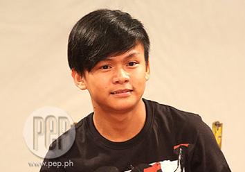 Dating buhay ni Pacquiao ikinuwento ng mga kaibigan - video dailymotion
