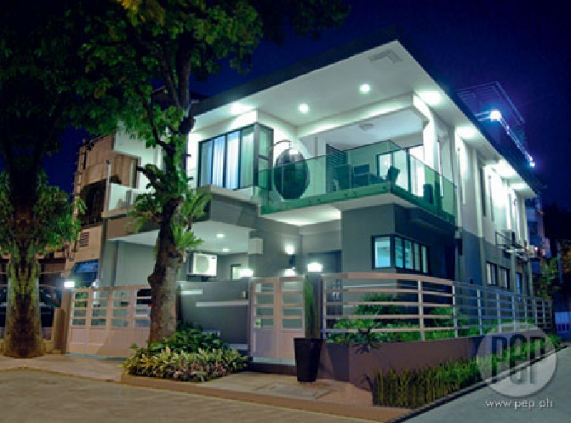 Closet Designs Philippines moreover How A Coffee Shop Found Its Niche likewise Philippine Apartment Designs additionally Modern Bungalow House Interior moreover A Peek Into The Homes Of Vice Ganda John Lapus And Boy Abunda. on zen house philippines