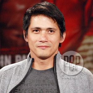 Robin Padilla gets 'crossfired' by Totoy Bato co-stars - 5e56f60b4