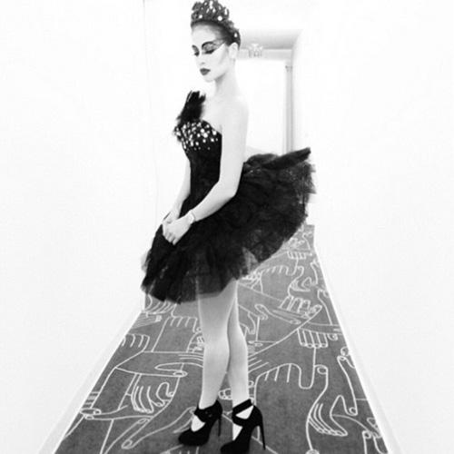 halloween costume ideas from james reid marian rivera dingdong dantes dabarkads and more - Dead Ballerina Halloween Costume