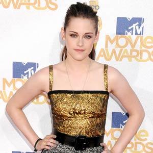 Kristen Stewart Update on Hollywood Update  Kristen Stewart And Twilight Lead People S Choice