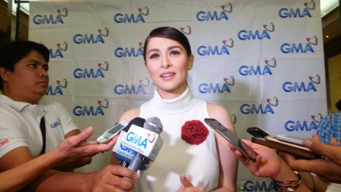 "Marian Rivera received flowers from ""Purple"""