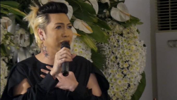 Wenn Deramas 'talks' to Vice Ganda through Regine songs
