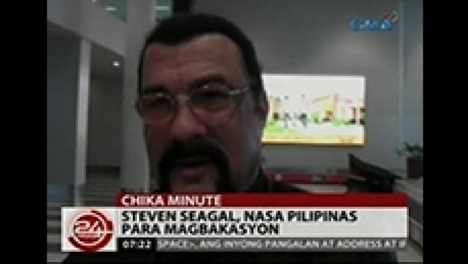 Steven Seagal arrives in the Philippines