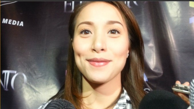 Is Cristine Reyes too careful to answer in this interview?
