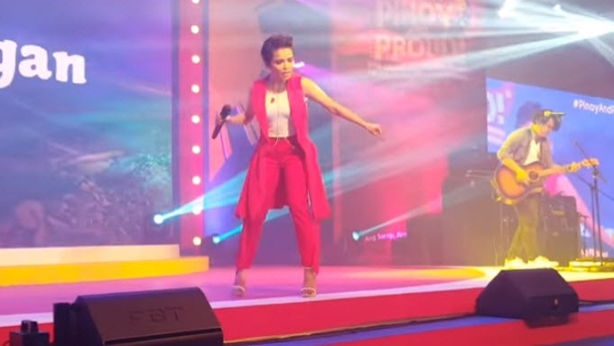 KZ Tandingan gives superb rendition of 'Liwanag sa Dilim'