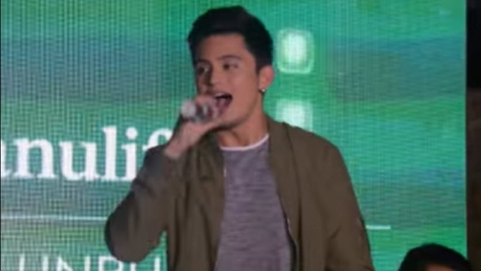 James Reid performs 'Breathe'