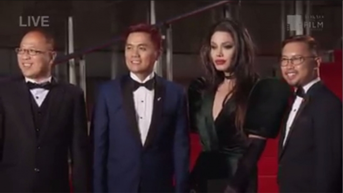 Watch Paolo as 'Angelina Jolie' on TIFF red carpet