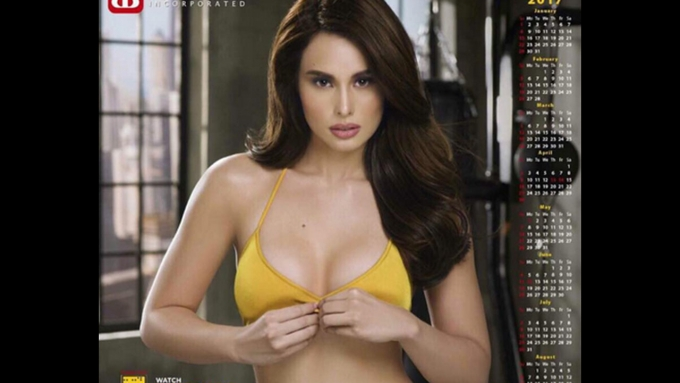 Max Collins shoots videos for 2017 calendar