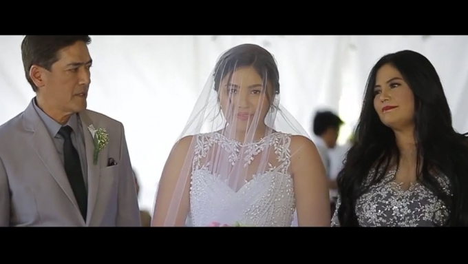 WATCH: Vic Sotto and ex walk their daughter to her wedding ...