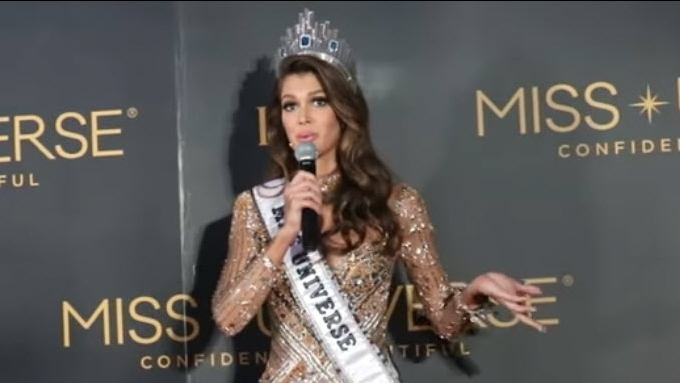 Iris Mittenaere: French don't know Miss Universe