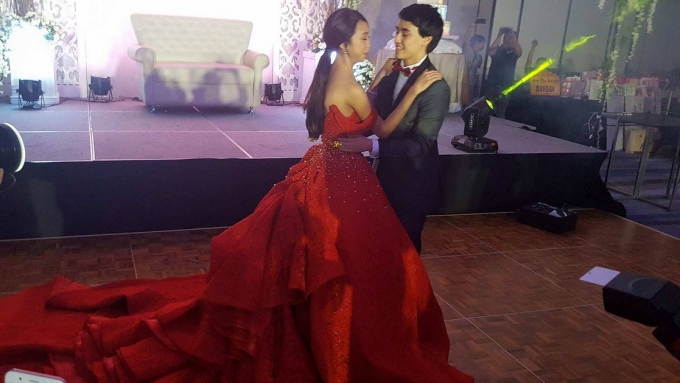WATCH! Maymay 'teaches' Edward how to dance