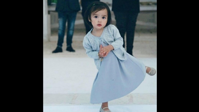 Baby Zia dancing in an Italian wedding is giving lots of GV!