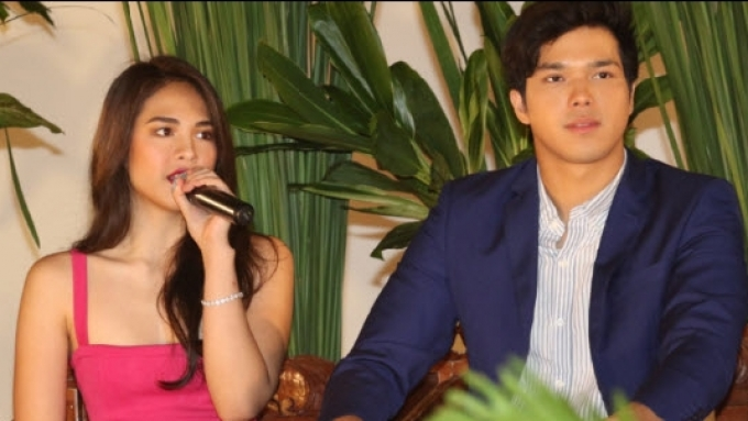 Watch how ElNella reacted to question: 'Kayo na ba?'