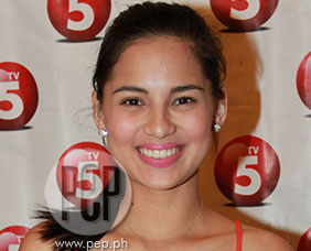 Jasmine Curtis explains why she renewed contract with TV5