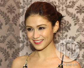 PEPtalk Flash. Carla Abellana considers MHL a game changer