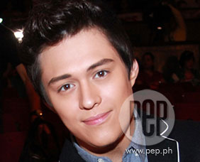 Enrique Gil admits he was nervous doing kissing scene with Bea Alonzo