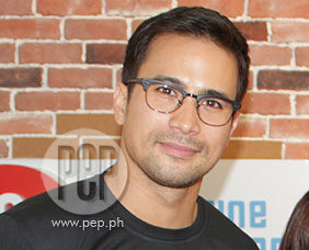Sam Milby's family spends Chritmas in Manila