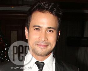 Sam Milby wants to star with Kylie Padilla in an action movie