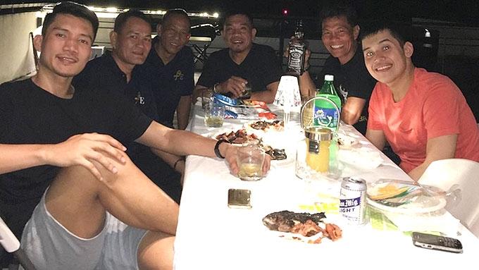 Last Night Was Multimedia Night For Us >> James Yap bonds with stepson Josh Aquino on New Year's eve | PEP.ph