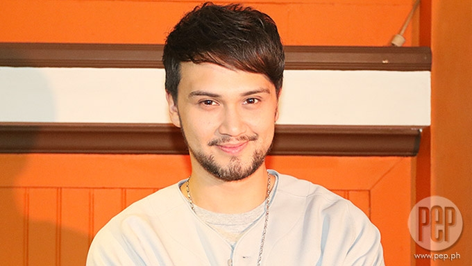 Billy Crawford loses 30 pounds after a month of giving up two food items | PEP.ph