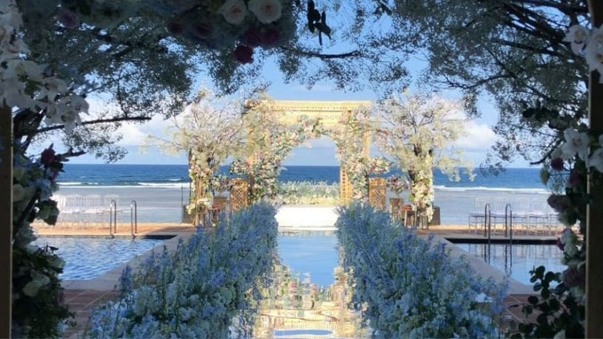 Luxurious Celebration The Cost Of A Balesin Wedding Pep Ph