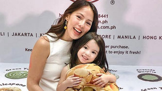 Andi Manzano's 'give a toy, get a new toy' teaches daughter the concept of sharing