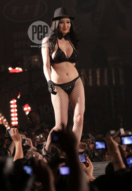 Alyssa alano sexy