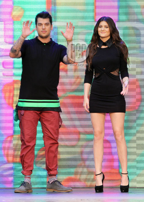 Rob kardashian and kylie jenner in manila pep a short meet and greet session with fans was held right after the show rob and kylie were delighted to hear supporters say how much they love their reality m4hsunfo