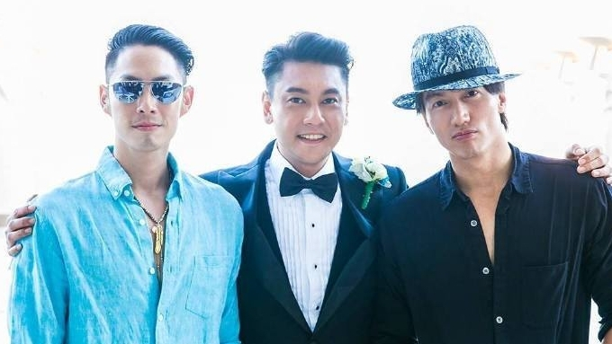 F4 sans Vic Zhou performs Meteor Rain at Ken Chu's wedding