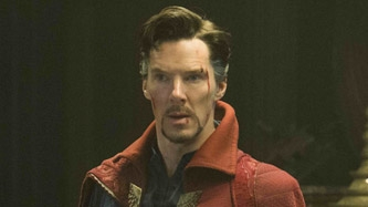 Benedict Cumberbatch unleashes the hero within in <em>Doctor</em> <em>Strange</em>