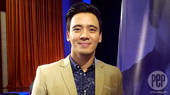Erik Santos, manager sue Jobert Sucaldito for libel