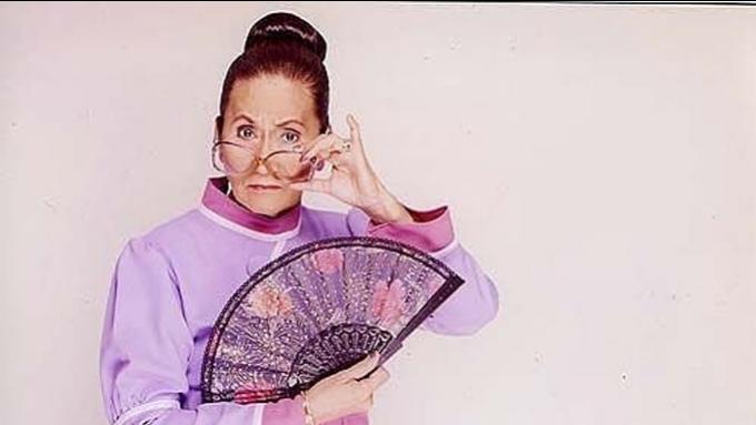 leni robredo clothing, <b> Critics slam VP Leni&#8217;s look during her latest address &#8211; and not much else </b>