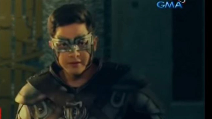 LOOK: Alden Richards bares <em>Victor Magtanggol</em> costume