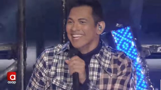 THROWBACK: Gary V felt chest pains during 35th anniversary