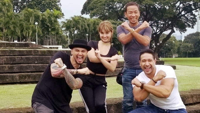 Did Billy Crawford leave It's Showtime?