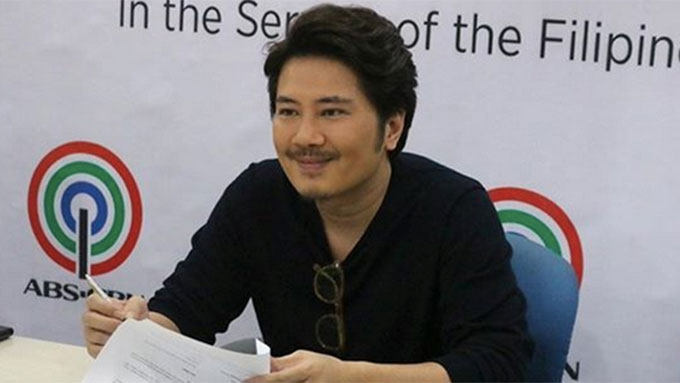 Janno Gibbs inks contract with Star Music